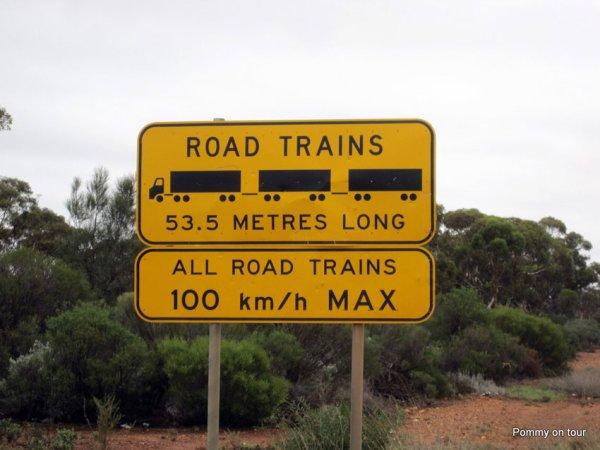ROAD TRAIN CAMION AUSTRALIEN DE 116Tonnes