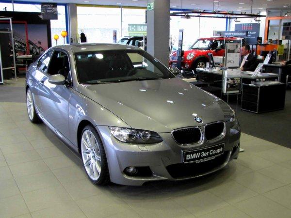 BMW 320 Coupé