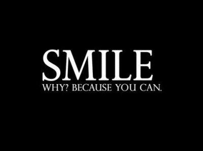 Ne laissez pas le monde changer votre sourire, laissez votre sourire changer le monde. - JustinB.