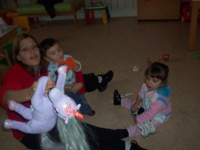 moi et mes filles a l'anniv de zoe