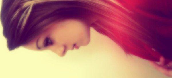 Tu entend? Mon coeur est entrain de crier qu'il t'aime.