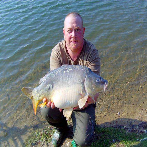 Premiére sortie 2012 session dans la somme de 72H du 02/04 au 05/04  avec un total de 31 départs , 21 poissons de sortie entre 4KG500 et 8Kilo. Ce ne sont pas des gros poissons mais sa fait plaisir quand même
