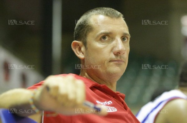basket-ball FCM - Rueil : Jean-Pierre Zuttion, l'incontournable