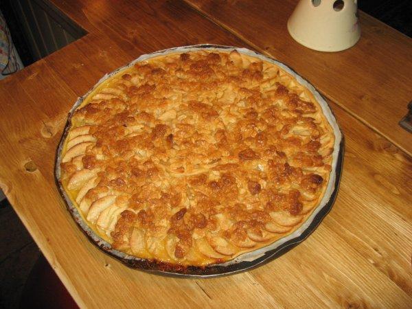 Ma tarte aux pommes et aux amandes.