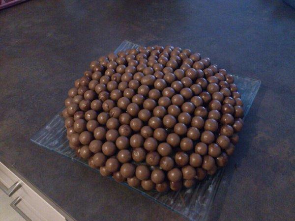 Mon gâteau Maltesers marbré zebré ! :)