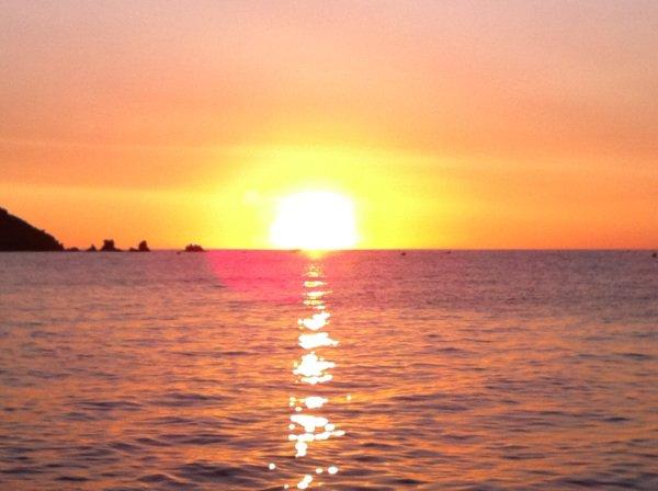 Petit lever de soleil ce matin sur la côté méditerranéenne