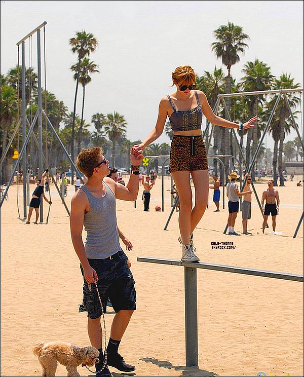 30/06/13 Bella et Tristan à la plage de Santa Monica.