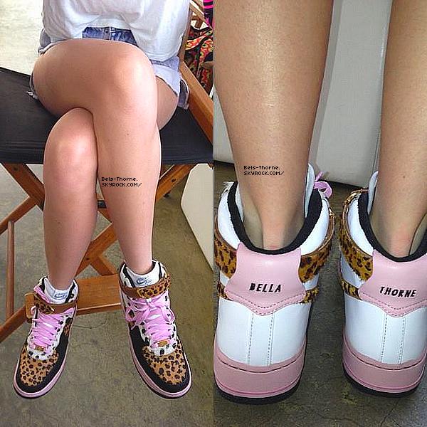 Bella à des nouvelles chaussures, des Nike! Vos avis ?