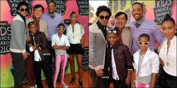 . 27 Mars 2010 :   Willow Smith encore avec sa famille, au Kids Choice Awards dans Los Angeles. .
