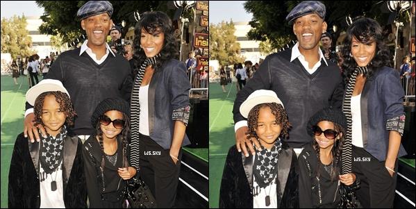 """. 27 Octobre 2008 :   Willow Smith était avec sa famille, à la première de """"Madagascar"""" à Los Angeles. ."""