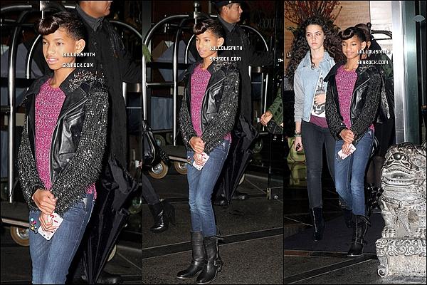 """. 07/12 : Willow Smith à été vue se rendant au 106&Park afin de présenter son nouveau clip """"Fireball"""" à New York.   + Ci-dessous l'enregistrement de l'émission de 106&Park datant d'hier ou Fireball est diffusé (en très mauvaise qualité) Ton avis?   ."""