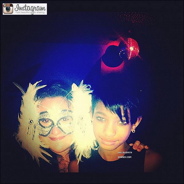 ......  Willow a posté une nouvelle photo aujourd'hui sur son compte Instagram personnel.    ......