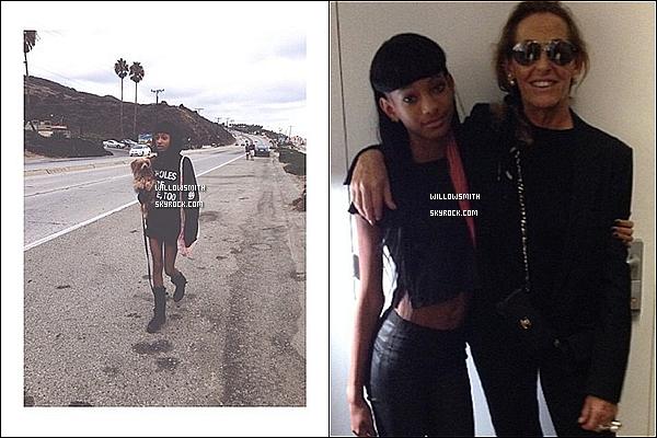 . 07/10 : Willow à été photographiée a son arrivée avec sa mère hier à l'aéroport « LAX » de Los Angeles.  Willow est bien de retour à Los Angeles, après avoir passée quelques jours à Paris elle est donc de retour à Los Angeles.   .