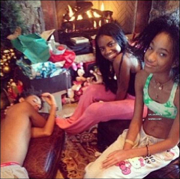 ......  → Découvrez des nouvelles photos personnels du Noël de Willow avec sa famille. Qu'elle corps !    ......