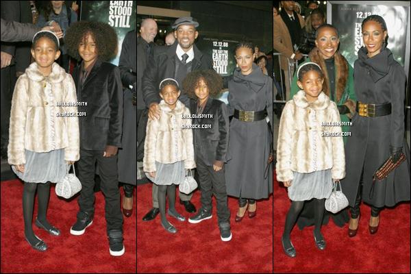 """. 9 Décembre 2008 :   Willow et sa famille étaient à la première de """"The Day The Earth Stood Still"""" à Los Angeles. ."""