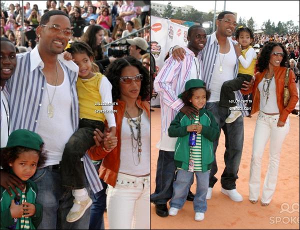 ". 01 Avril 2005 :   Willow et sa famille lors des "" 18th Kids Choice Awards"" à Los Angeles. ."