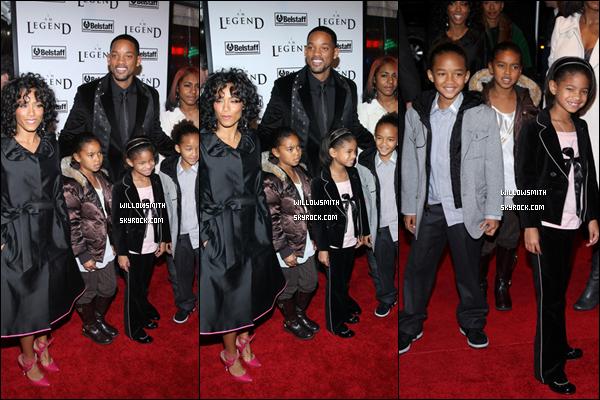 """. 11 Décembre 2007 :   Willow sa famille et sa cousine était à la première de """"I Am Legend"""" à New York City. ."""