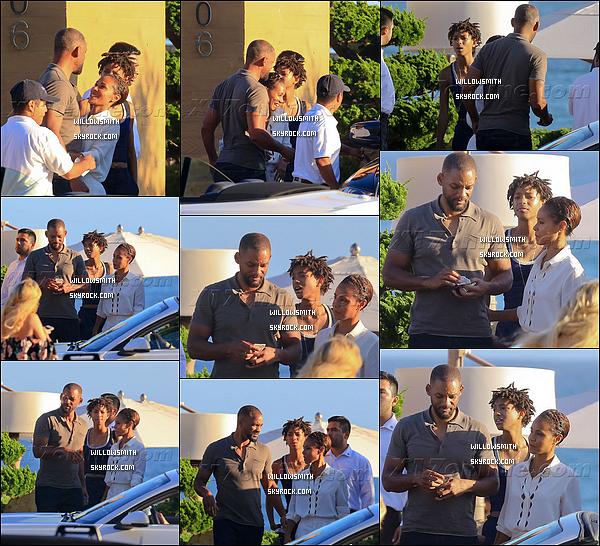 . 13/09 : Willow ainsi que Will et Jada ont étée dînée ensembles dans un restaurant à Nobu dans les rues de Malibu. C'est tellement adorable de voir des photos comme celles ci ont y voit l'amour et la complicité dans les yeux de Will et Jada!! (l)      .