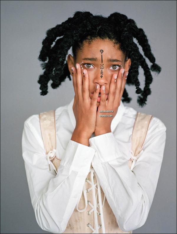 ......  Découvrez ci dessous la suite du photoshoot de Willow pour la revue de mode « CR Fashion Book » venant d'apparaître sur la toile. Willow est tellement magnifique ! Nous avons enfin la suite de ce shooting que j'adore, je trouve les nouvelles photos autant magnifique que les précédentes : Premières photos !     ......