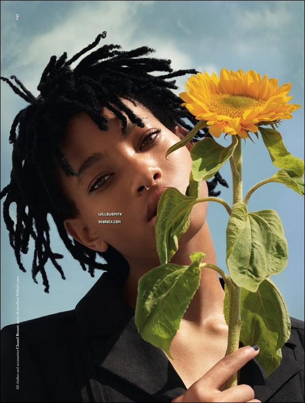 ......  Voici ci dessous, le photoshoot complet de Willow Smith pour le magazine « DAZED » ! Après avoir découvert la couverture du magazine nous avons maintenant droit aux photos de cette séance photo édition spécial 25eme anniversaire.     ......