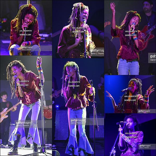 """. 14/11 : Willow a assuré hier soir l'avant show de la tournée de Jhene Aiko au Majestic Théâtre à Détroit, Michigan. Willow est officiellement en tournée avec son amie Jhené Aiko avec son """"TRIP tour"""" ou Willow ouvre les premières parties du spectacle !           ."""