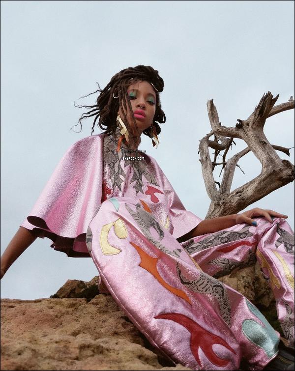 ......  Willow en couverture du magazine « girlgazeZine » prise par Daria Kobayashi Ritch.  Willow est le dernier visage de l'organisation multimédia en ligne le but est de mettre en lumière la puissance de la perspective féminine.     ......