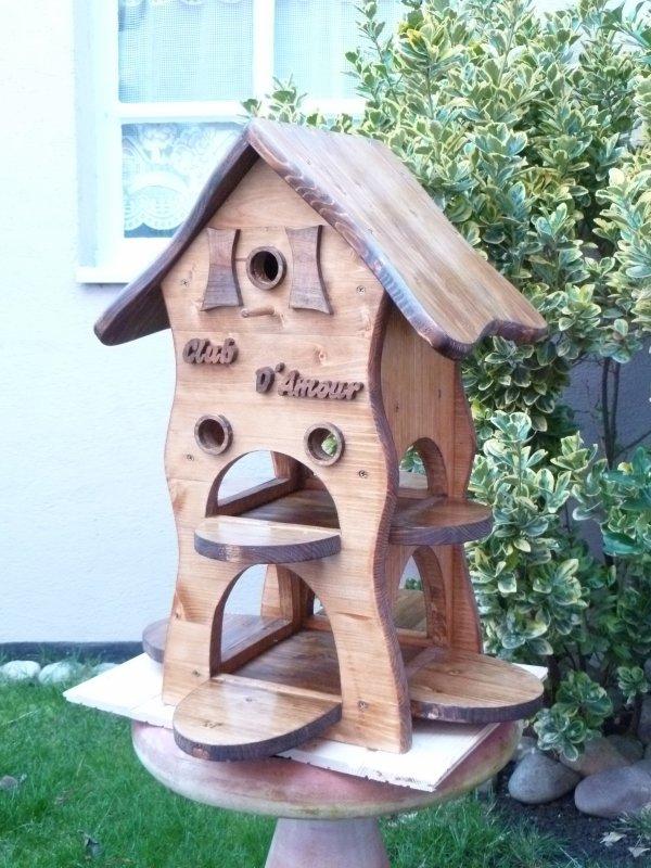 mangeoire nichoir pour oiseaux janvier 2012 blog de. Black Bedroom Furniture Sets. Home Design Ideas