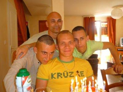 mon papa et mes frères