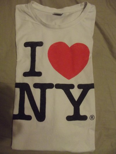 "T-SHIRT ""I LOVE NY"" TAILLE M/L."