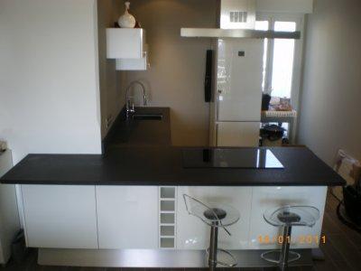 cuisine en granit noir absolu granitset. Black Bedroom Furniture Sets. Home Design Ideas