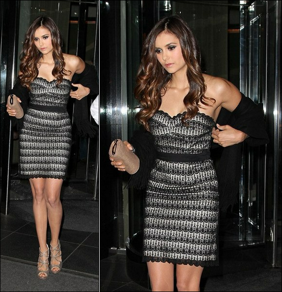 .::Candids Appearances::. Jeudi 17 Mai 2012 - CW Upfront After Party Nina quittant son hôtel à New York pour faire la fête avec son copain Ian Somerhalder, que l'on ne voit malheureusement pas dans les photos . Elle est toute mimi dans une robe N&B .