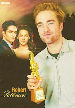 """Rob est choisi, parmi les lecteurs du magazine allemand """"Bravo"""" le meilleur acteur de l'année."""