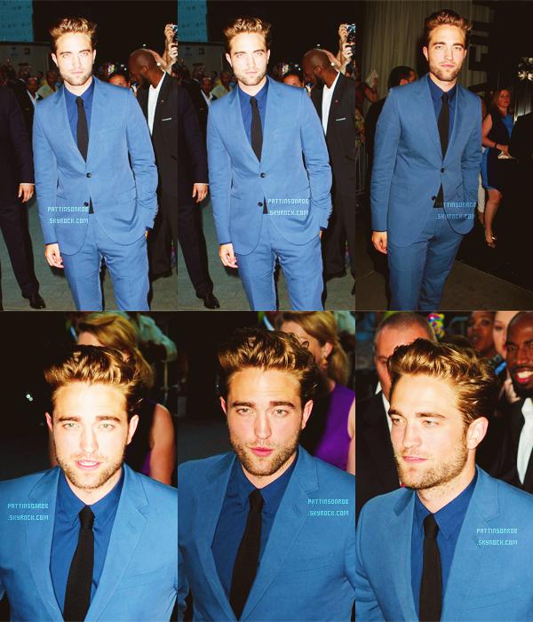 13 août 2012 : Avant première de Cosmopolis à New York    Robert est magnifique *o* J'adore sa tenue et sa coupe de cheveux ! Heureuse de le voir souriant ♥ 