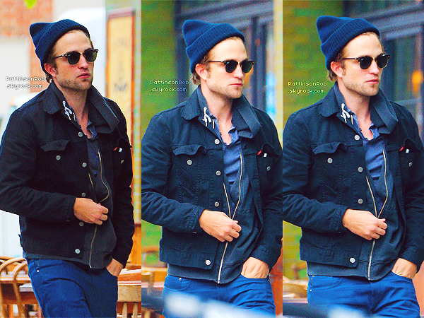 8 Octobre 2012 : Robert entrant, puis quittant son hôtel à New York.