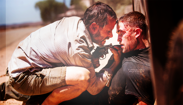 || Premier stills officiel de « The Rover »  Paru dans le magasine Entertainment Weekly