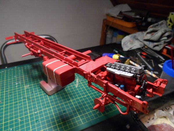 chassis et moteur du volvo