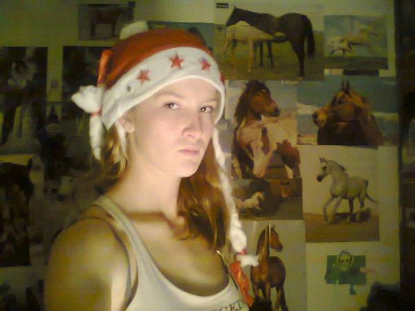 moi avec mon bonnet de NOEL