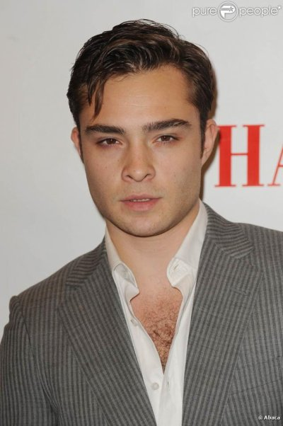 Presentation des personnages : Chuck (charles) BASS = Ed Westwick