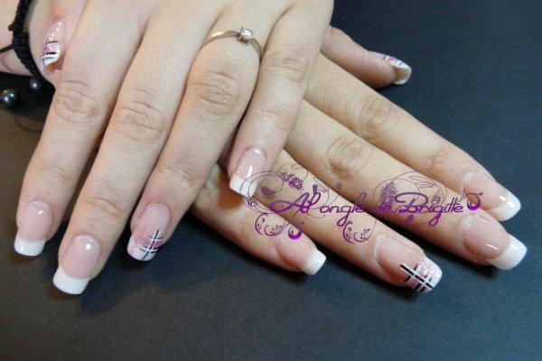 pose resine +nail art