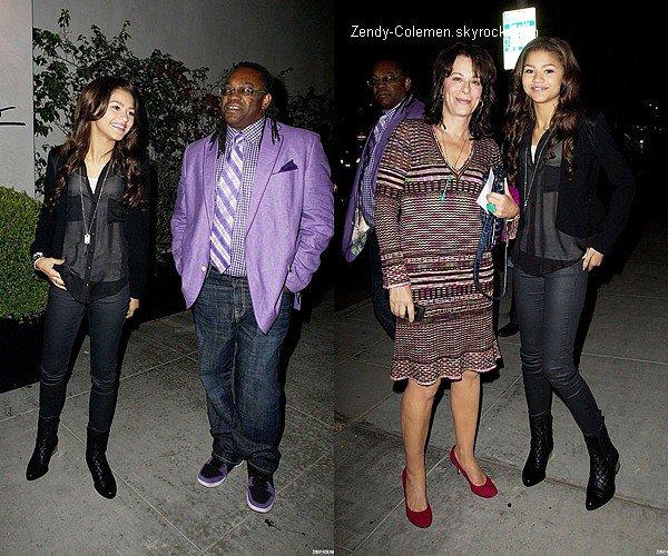 .22.10.2012 : Zendaya, était de sortir avec ses parents et amis au restaurant restaurant Sprago, Los Angeles. .