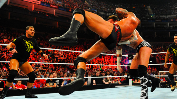 Only---WWE Raw 18/04/11