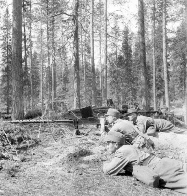 Fusil anti char Finlandais  Lathi L-39