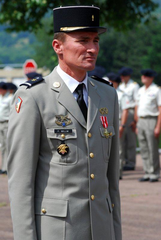 L'adjudant-chef Fabien Willm, 43 ans. Né en 1968 à Strasbourg, il s'engage à dix-huit ans comme sous-officier d'active et rejoint le 93ème RAM en 1987 comme chef de pièce. Il sert également au 60ème RA, au 68 ème RAA et au 8ème RA. Spécialiste de l'observation et de l'acquisition, il rejoint le 93 en 2009. Il avait participé à des nombreuses opex et séjours outre-mer : Centrafrique, Guyane, Polynésie, Tchad, Bosnie, Croatie, Kosovo, Cote d'Ivoire et Afghanistan, où il était revenu - pour la troisième fois, en septembre dernier. Il était marié et père d'un enfant.