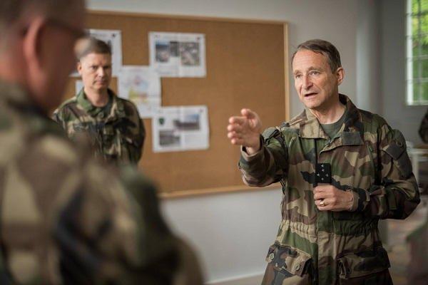 Le général Pierre de Villiers, chef d'état-major des armées, annonce sa démission