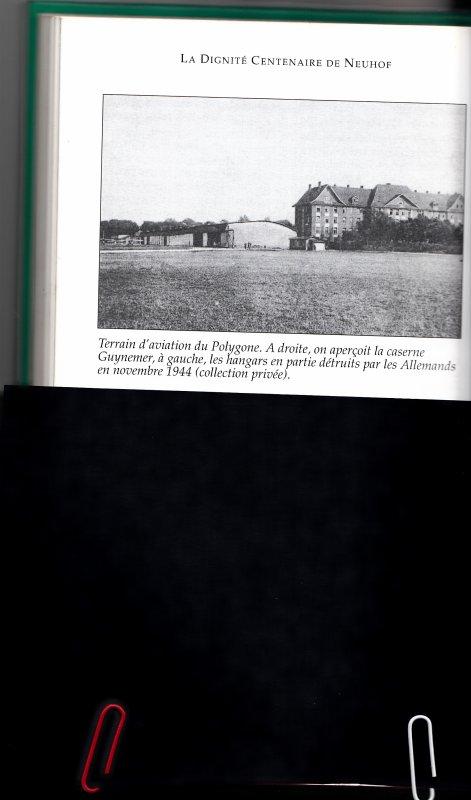 """Pour mon ami Briquets-Poilus.La conquête de l'air prend une dimension nouvelle avec l'apparition de ballons dirigeables et des premiers aéroplanes. Ceux-ci évoluent au-dessus du Polygone de Strasbourg et du terrain de manoeuvre de Habsheim, où en 1911, le premier meeting d'aviation attire des milliers de spectateurs. Chatel crée à Mulhouse-Bourtzwiller la célèbre usine """"Aviatik""""."""