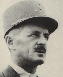 Leclerc de Hauteclocque (1902 - 1947) Un héros français. . Hommage à lui . Le mystere de sa mort reste entier .