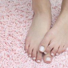 les jolis pieds de MlleRoad48