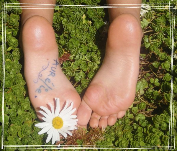 Les magnifiques plantes de pieds de la belle Aurélie