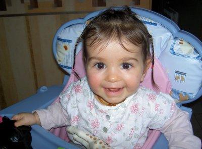 Louénès a eu 10 mois le 12 decembre! elle mesure 73cm et pese 8kg800