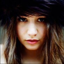 INTERVIEW PEOPLE : IZIA, 19 ans, chanteuse rockeuse